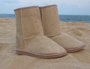 Uggs Beach